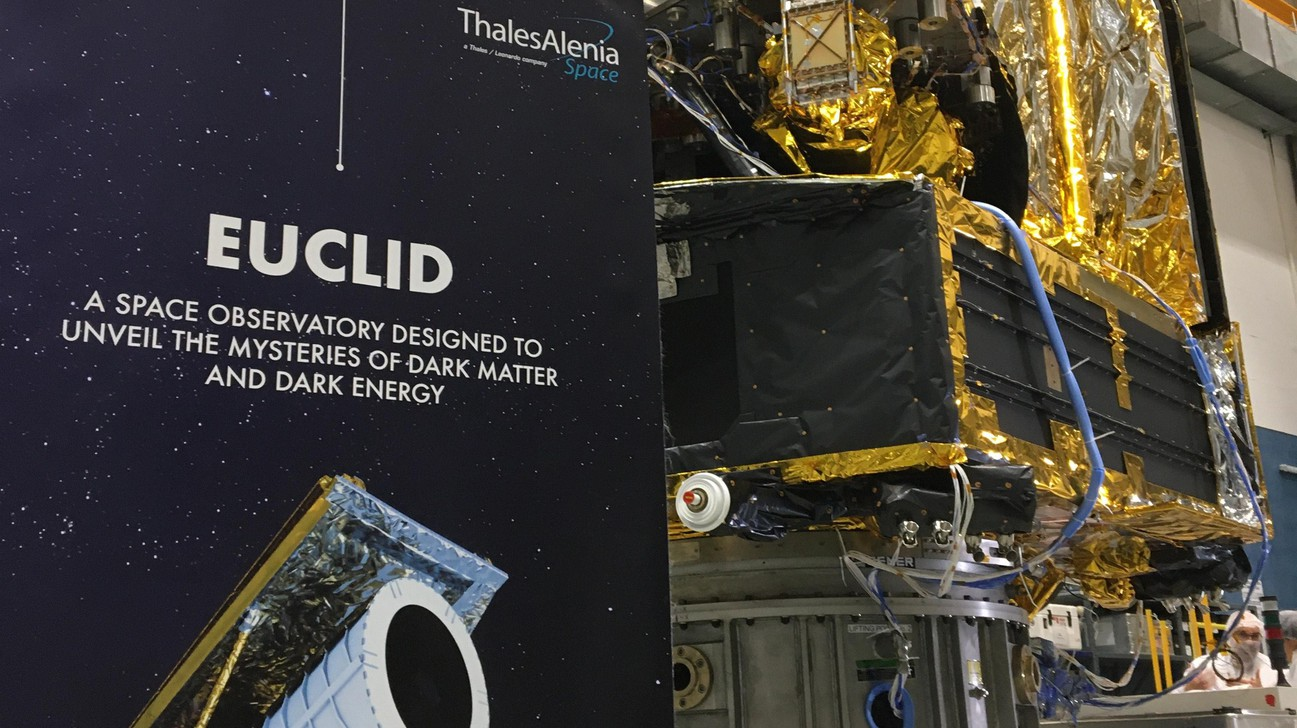 © Euclid flight model presented by Thales-Alenia in 2019.